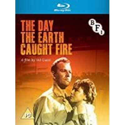 The Day the Earth Caught Fire (Blu-ray) [1961]
